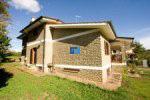 Selling villa in Manziana